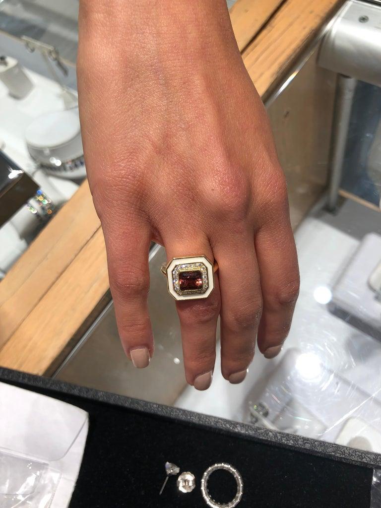Women's or Men's Tourmaline Ring with Diamonds in Cream Enamel Set in 18 Karat Yellow Gold For Sale