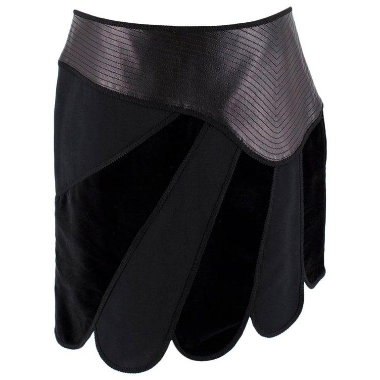 Andrew GN Black Contrast Panelled Scallop Hem Mini Skirt FR40 For Sale