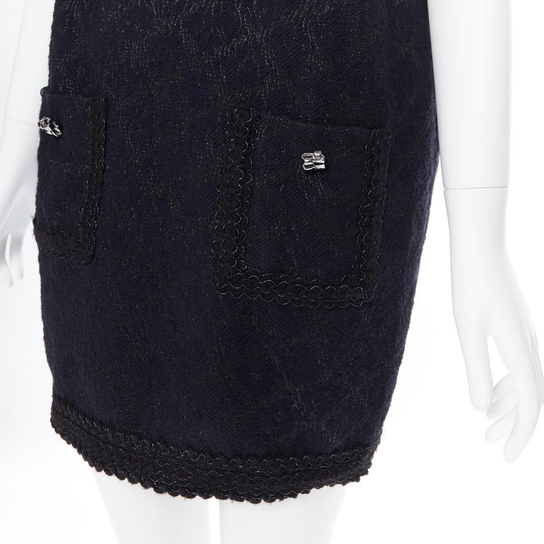 ANDREW GN PF2010 black jacquard wool scalloped tweed trim sheath dress FR40 For Sale 3