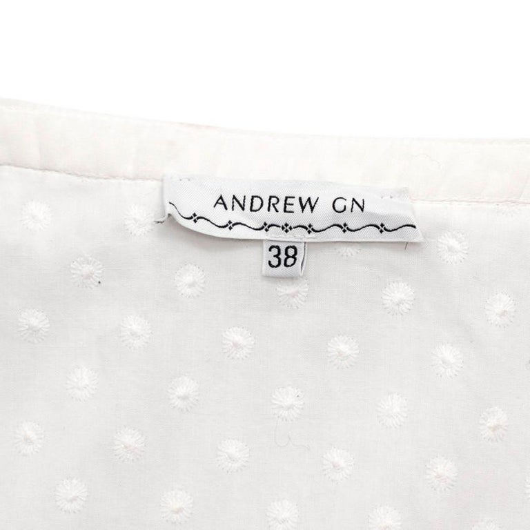 Women's or Men's Andrew GN White Embroidered Peasant Top - Size US6 For Sale