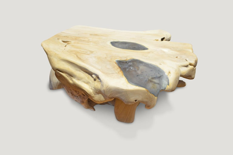 Andrianna Shamaris St. Barts Ice Blue Resin and Teak Wood Coffee Table In New Condition For Sale In New York, NY