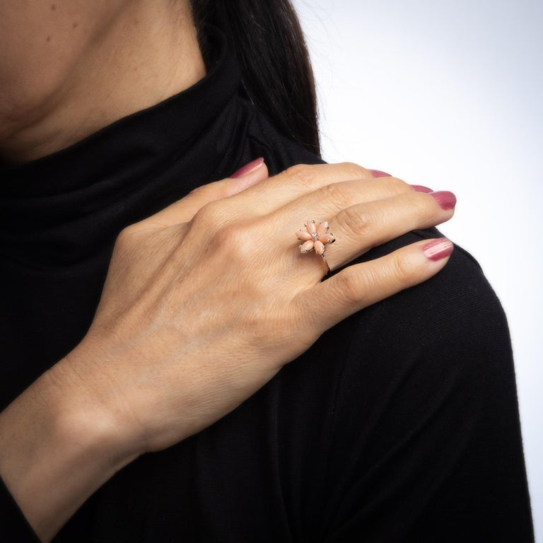 Women's Angel Skin Coral Diamond Ring Estate 18 Karat White Gold Flower Jewelry For Sale