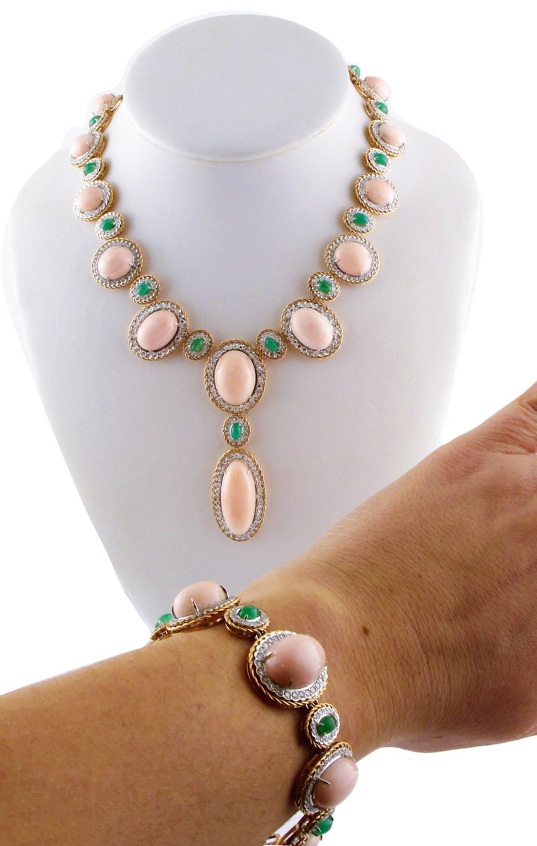 Women's Oval Shape Pink Coral, Diamonds, Emeralds, Rose White Gold Necklace For Sale