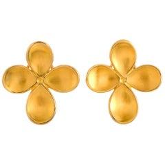 Angela Cummings 18 Karat Yellow Gold Flowers Clip-On Earrings