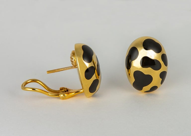 Angela Cummings Black Jade and Gold Earrings In Excellent Condition For Sale In Atlanta, GA