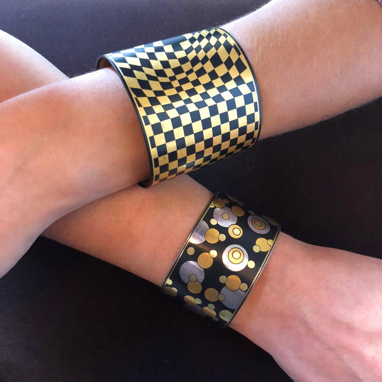 Women's or Men's Angela Cummings for Tiffany & Co. Black Iron Lacquer, Gold, Sterling Bubble Cuff For Sale