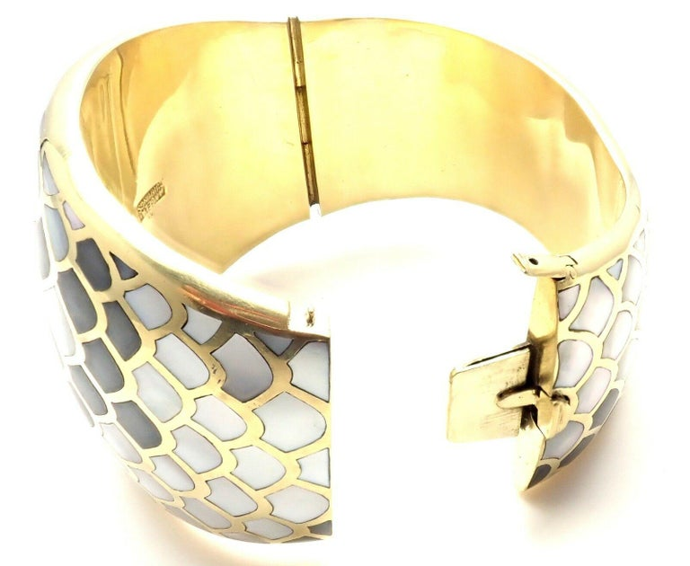 Angela Cummings Mother of Pearl Snakeskin Yellow Gold Wide Bangle Bracelet For Sale 5