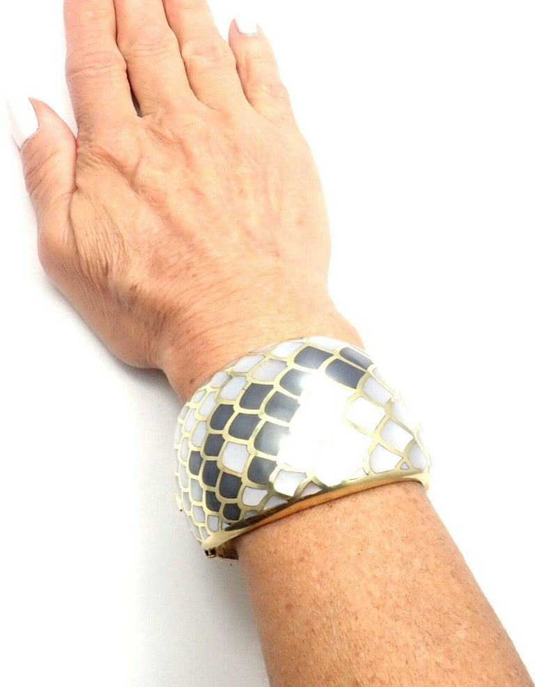 Angela Cummings Mother of Pearl Snakeskin Yellow Gold Wide Bangle Bracelet For Sale 7