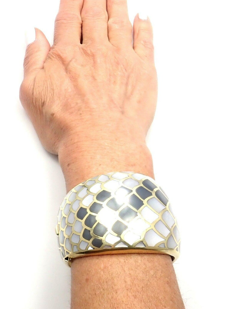 Uncut Angela Cummings Mother of Pearl Snakeskin Yellow Gold Wide Bangle Bracelet For Sale