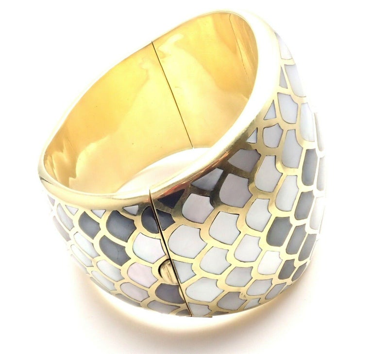 Angela Cummings Mother of Pearl Snakeskin Yellow Gold Wide Bangle Bracelet In Excellent Condition For Sale In Holland, PA
