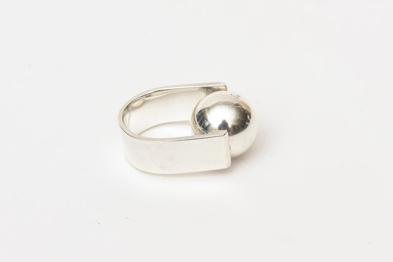 Angela Cummings Sterling Silver Sculptural Ball Ring Vintage In Good Condition For Sale In North Miami, FL