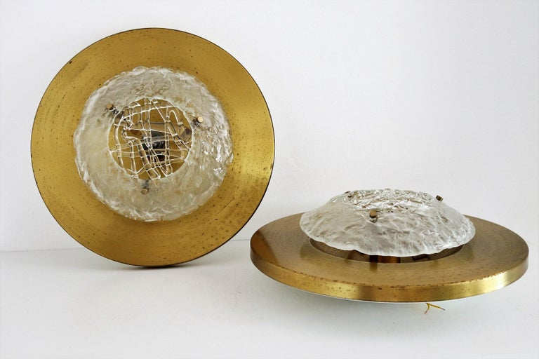 Italian Midcentury Flush Mount Lights in Brass by Angelo Brotto for Esperia, 70s In Good Condition For Sale In Clivio, Varese