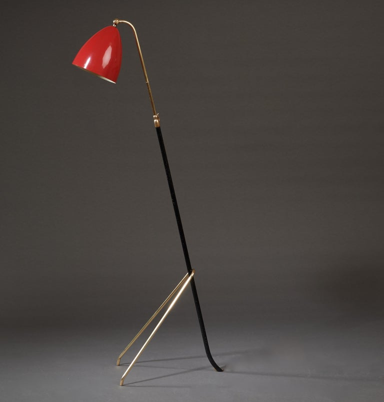 Italian Angelo Lelii for Arredoluce Extendable Height Floor Lamp in Brass, Red Lacquer For Sale