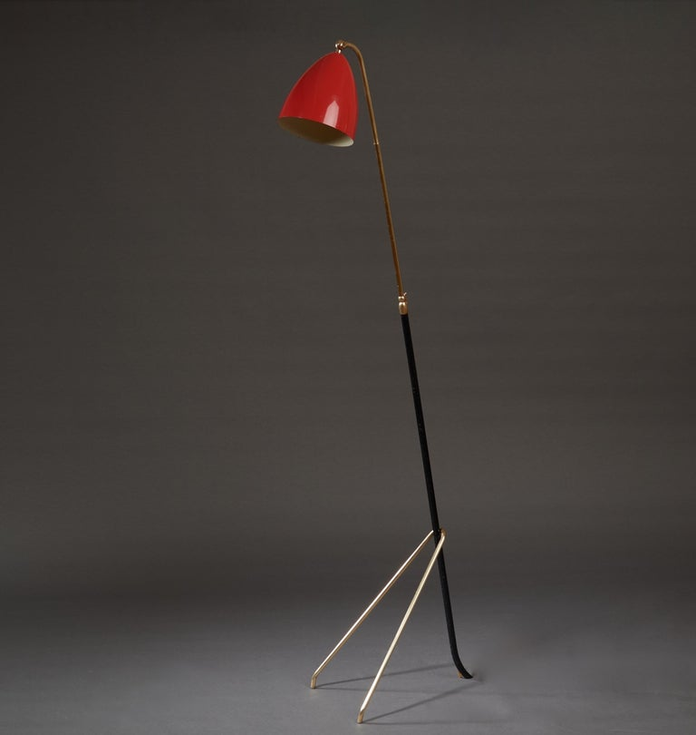 Angelo Lelii for Arredoluce Extendable Height Floor Lamp in Brass, Red Lacquer For Sale 1