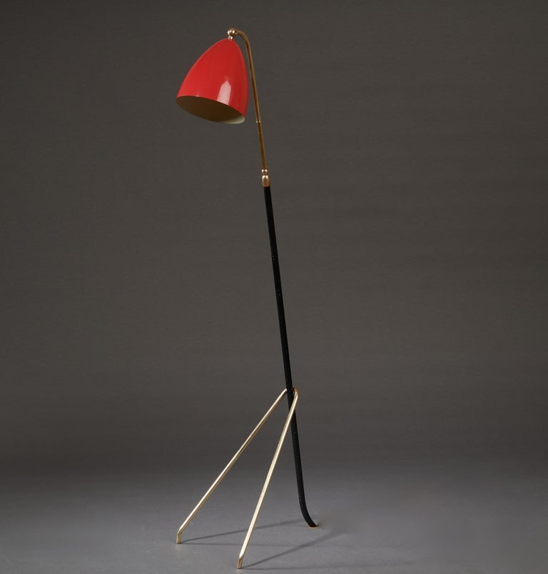 Mid-20th Century Angelo Lelii for Arredoluce Extendable Height Floor Lamp in Brass, Red Lacquer For Sale