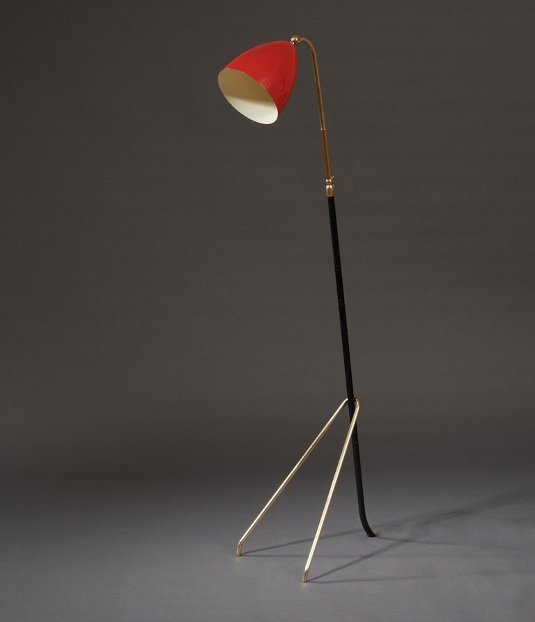 Angelo Lelii for Arredoluce Extendable Height Floor Lamp in Brass, Red Lacquer For Sale 3