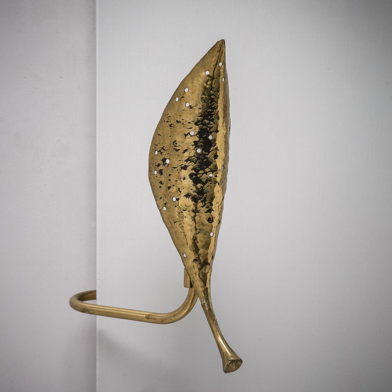 Angelo Lelii 'Leaf' Wall Lamps in Hammered Brass For Sale 1