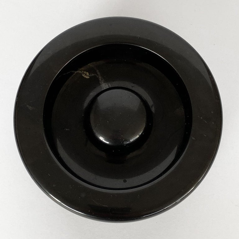 Mid-Century Modern Angelo Mangiarotti Black Marble Ashtray for Knoll International For Sale
