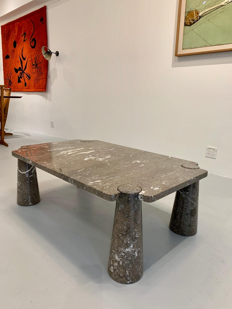 Coffee table, in grey / brown marble by Angelo Mangiarotti, for Skipper, circa 1970s. Table is in great original condition, labeled underneath. It is available to view in my gallery in Chelsea, NY.