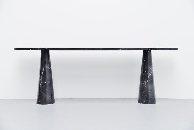 Spectacular 'Eros' console table designed by Angelo Mangiarotti and manufactured by Skipper, Italy 1971. This console table is made of black marquina marble and have beautiful white veins in the black marble. This console table comes from the Eros