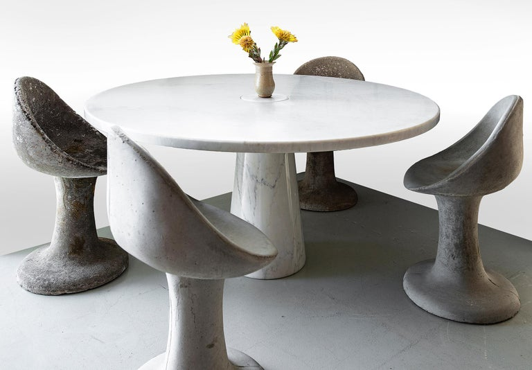 Angelo Mangiarotti for Skipper round dining table in white Carrara marble. Eros series, 