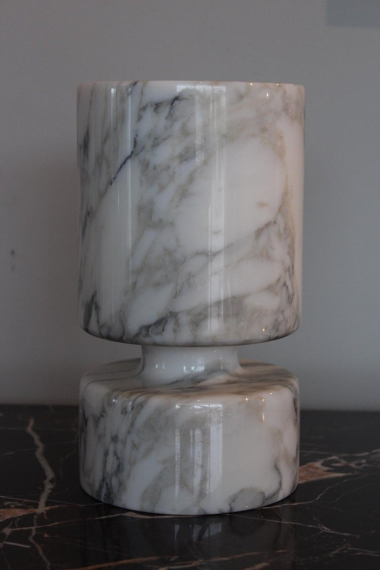 Angelo Mangiarotti Double Sided Marble Vase For Sale 1