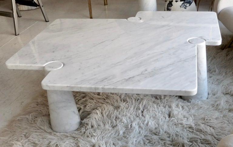 Angelo Mangiarotti Eros Collection Freccia White Carrara Marble Coffee Table For Sale 1