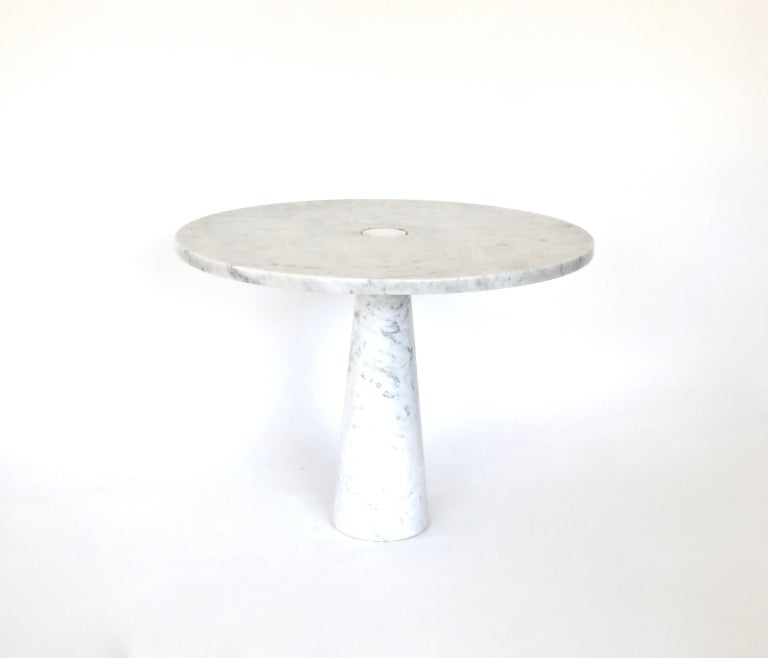 """A Eros white Carrara marble dining or centre table by Angelo Mangiarotti. Eros collection for skipper. Vintage. The structural design of the """"Eros"""" tables involves gravity-based embedding between the top and leg made possible with the finely"""