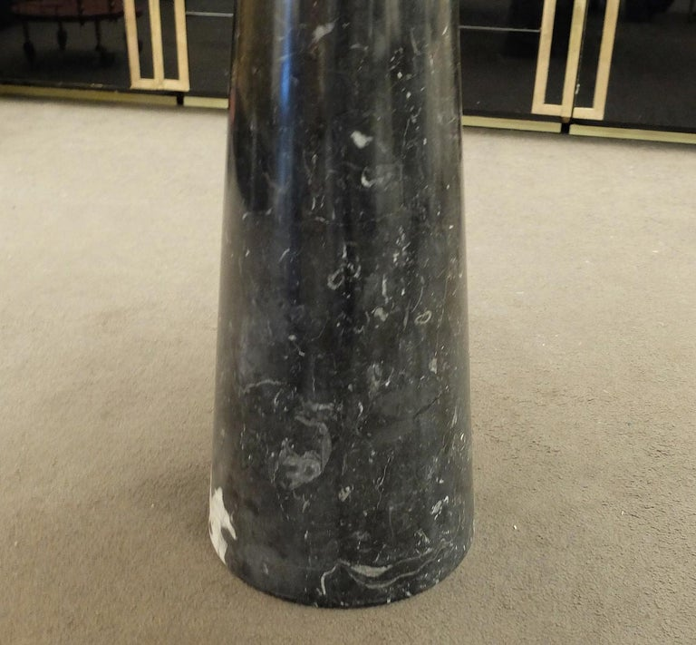 Italian Angelo Mangiarotti 'Eros' Dining table in Nero Marquina Marble, Italy  For Sale