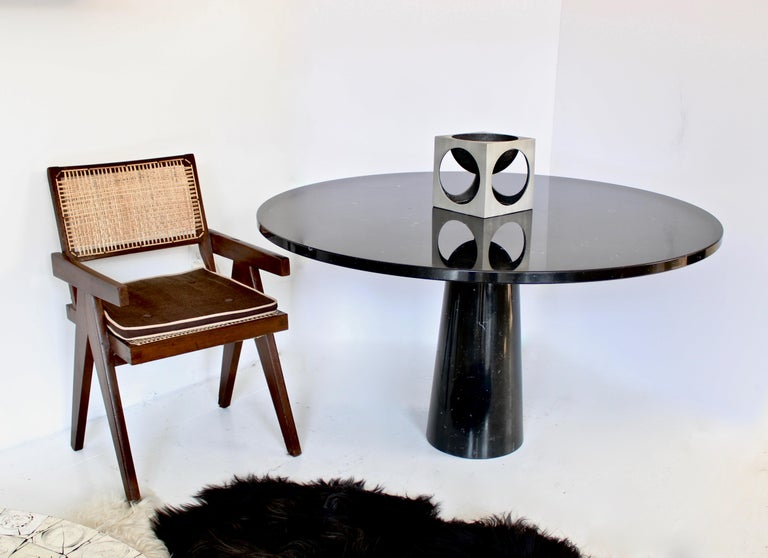 Angelo Mangiarotti Eros Round Dining Table in Black Marquina Marble for Skipper For Sale 1