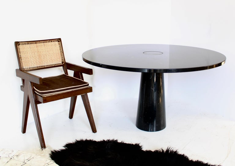 Angelo Mangiarotti Eros Round Dining Table in Black Marquina Marble for Skipper For Sale 2