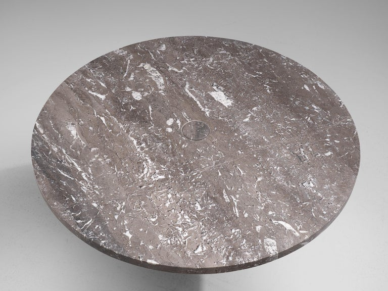 Angelo Mangiarotti 'Eros' Round Table in Grey Marble In Good Condition For Sale In Waalwijk, NL