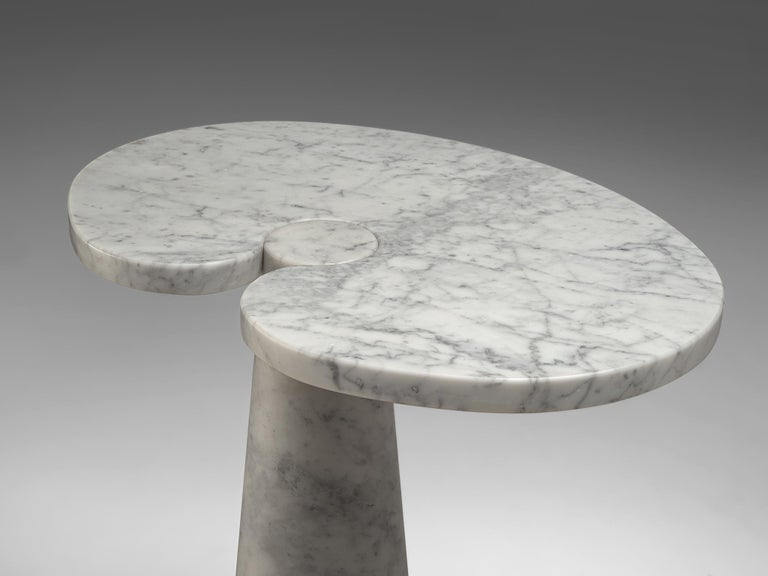 Angelo Mangiarotti 'Eros' Side Table in White Marble In Good Condition For Sale In Waalwijk, NL