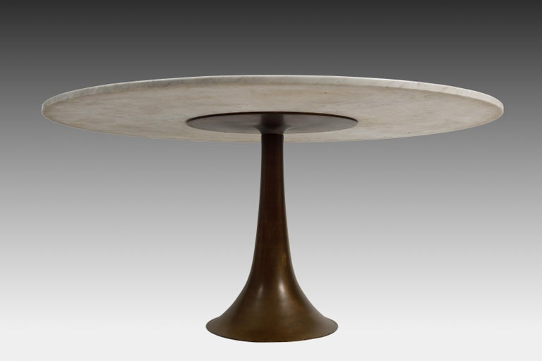 Italian Angelo Mangiarotti for Bernini Carrara Marble and Bronze Dining / Center Table For Sale