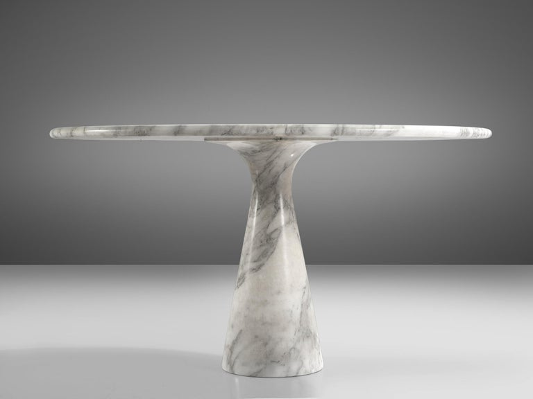 Angelo Mangiarotti for Skipper Round 'M1' Dining Table in Marble In Good Condition For Sale In Waalwijk, NL