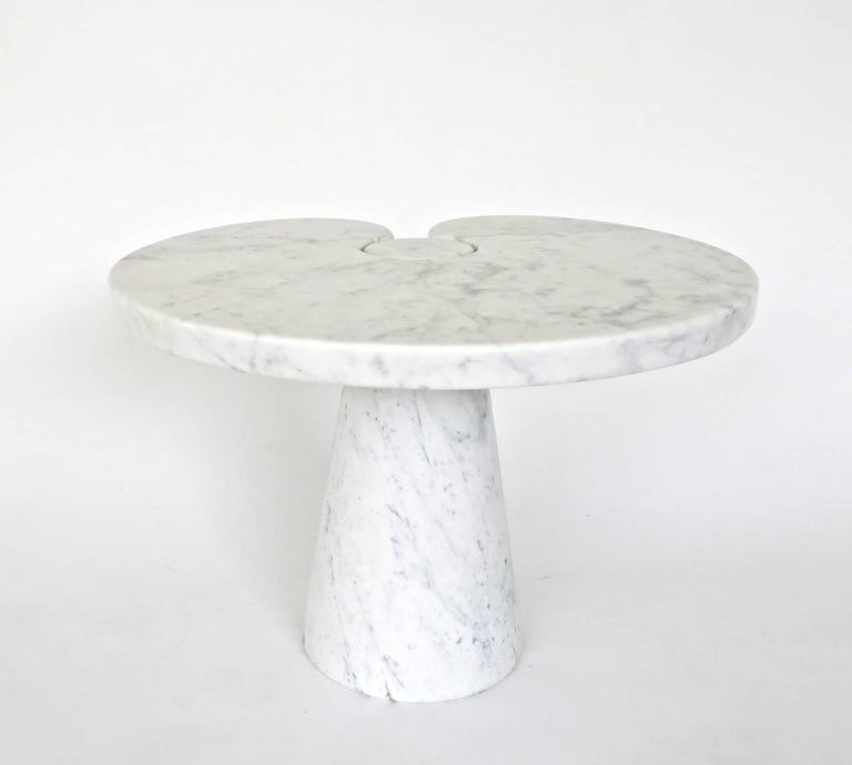 Angelo Mangiarotti Italian white Carrara marble low side table Eros series for Skipper. 