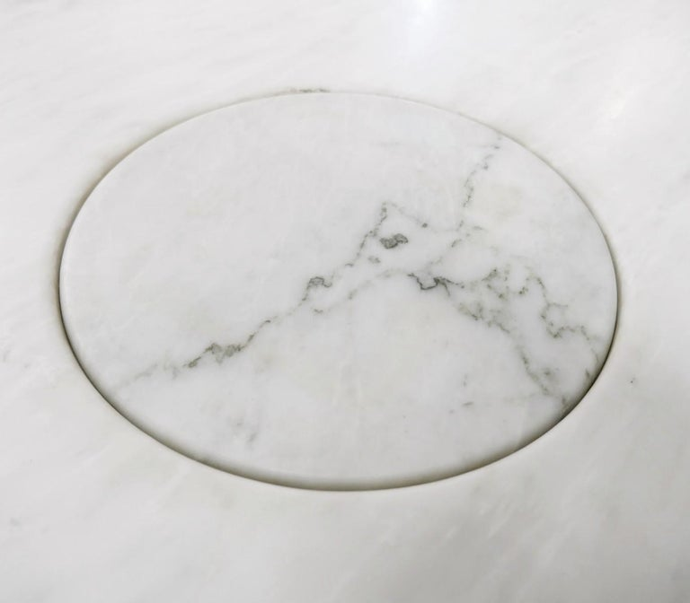 Angelo Mangiarotti marble round dining table, 1970s.
