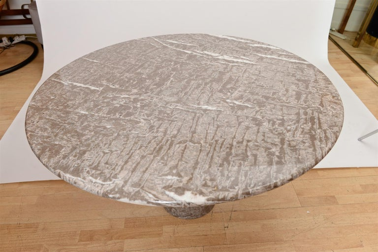 Late 20th Century Angelo Mangiarotti marble table by Skipper For Sale