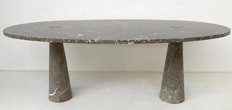 Angelo Mangiarotti Oval 'Eros' Marble Dining Table In Fair Condition For Sale In Brussels, BE