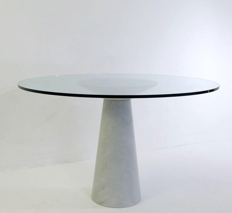 Angelo Mangiarotti round marble and glass table.