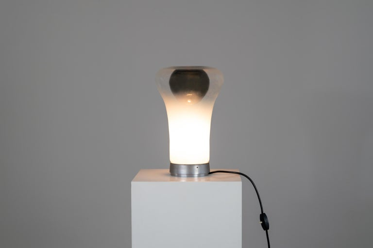 Post-Modern Angelo Mangiarotti Saffo Table Lamp in Blown Glass for Artemide, 1970 For Sale