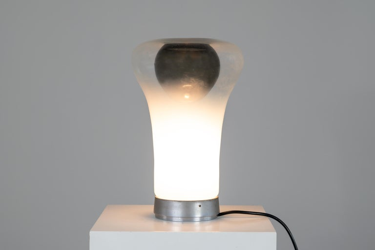 Italian Angelo Mangiarotti Saffo Table Lamp in Blown Glass for Artemide, 1970 For Sale