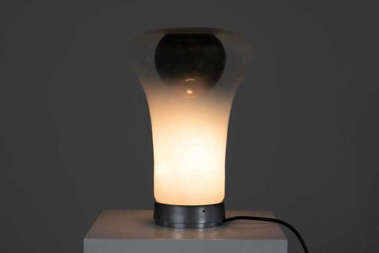 Polished Angelo Mangiarotti Saffo Table Lamp in Blown Glass for Artemide, 1970 For Sale