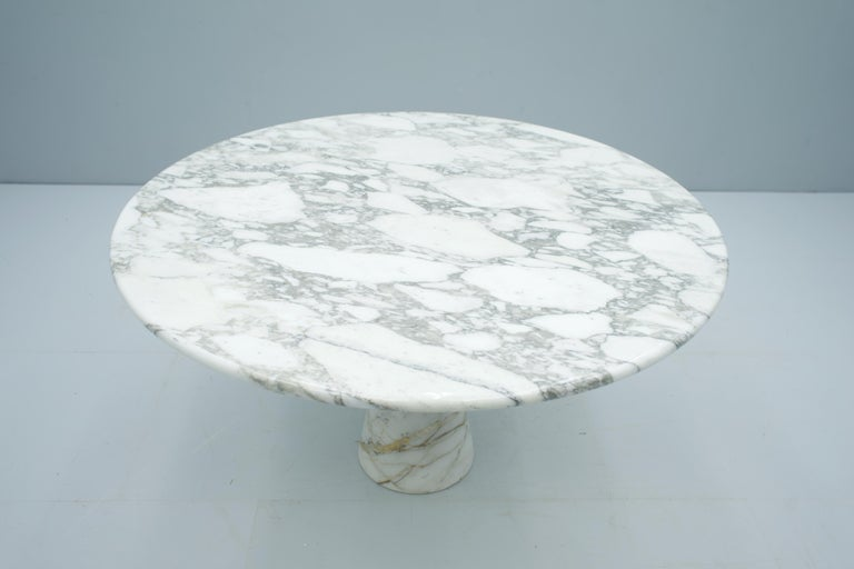 Italian Angelo Mangiarotti White and Grey Marble Dining Table M1 Skipper, 1969 For Sale