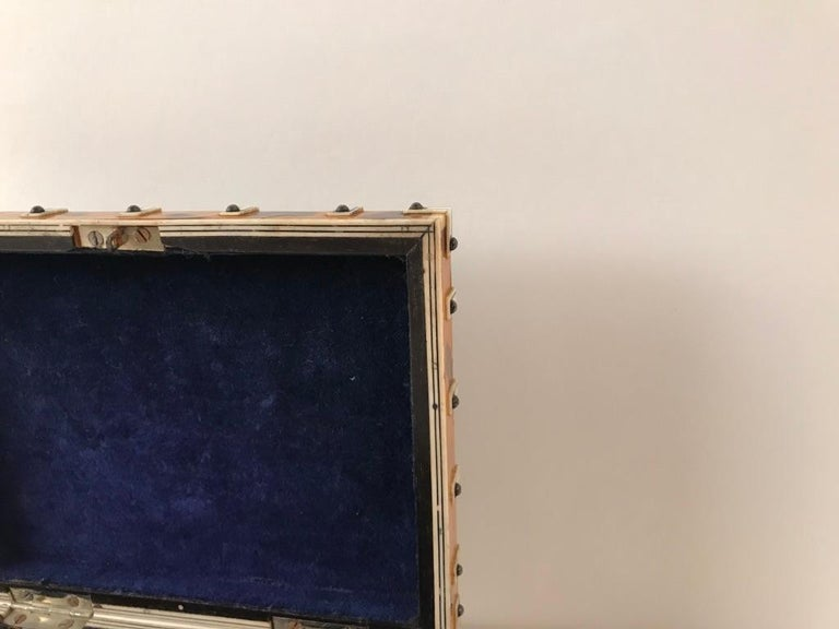 Anglo Indian Bone and Tortoise Shell Box For Sale 7