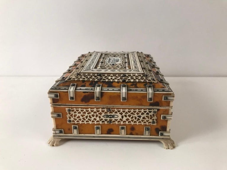 Anglo-Indian Anglo Indian Bone and Tortoise Shell Box For Sale