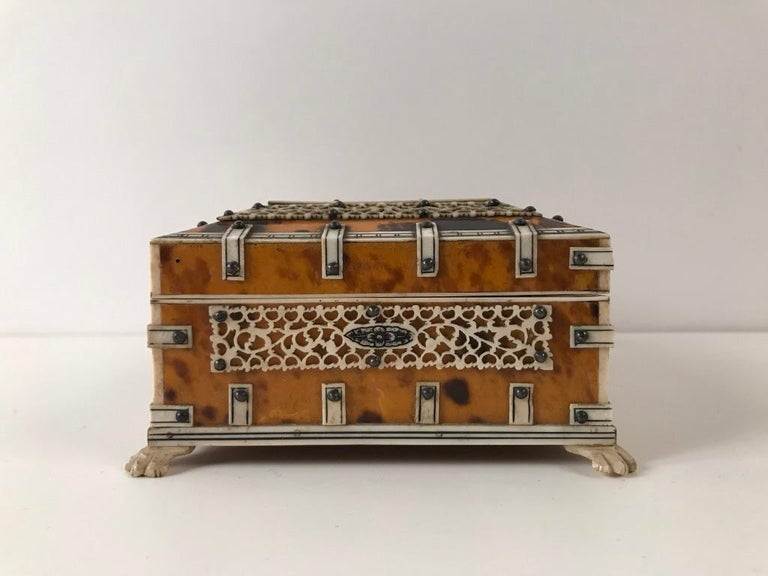 Anglo Indian Bone and Tortoise Shell Box For Sale 1