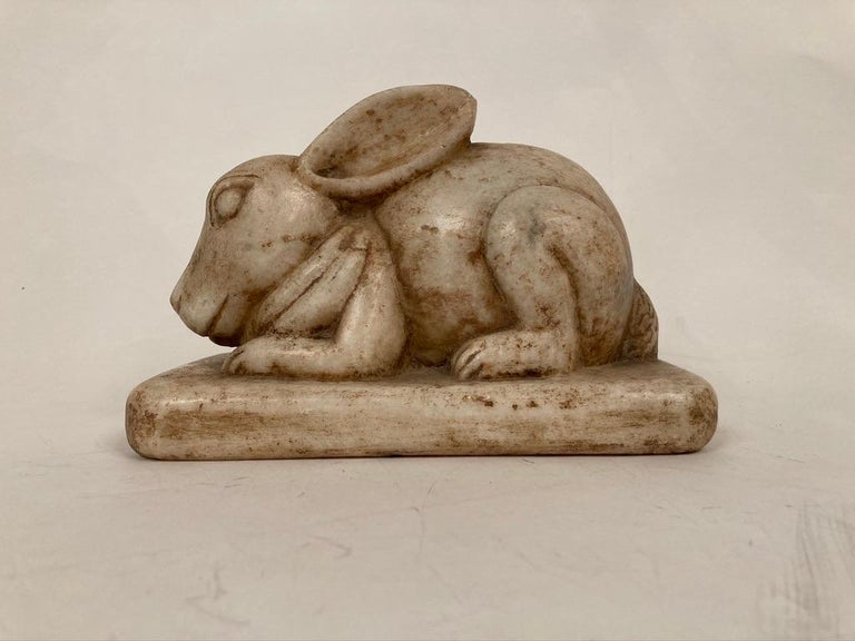 Anglo-Indian Carved Marble Figure of a Rabbit In Good Condition For Sale In Stamford, CT