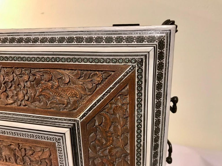 Anglo-Indian Carved Sandalwood and Bone Sadeli Inlaid Box For Sale 8