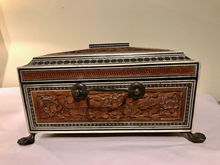 Anglo-Indian Carved Sandalwood and Bone Sadeli Inlaid Box For Sale 10